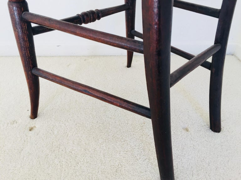 Pair of 19th Century Victorian Walnut Chairs For Sale 8
