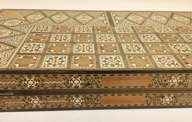 Large Vintage Complete Syrian Inlaid Mosaic Backgammon and Chess Game For Sale 8