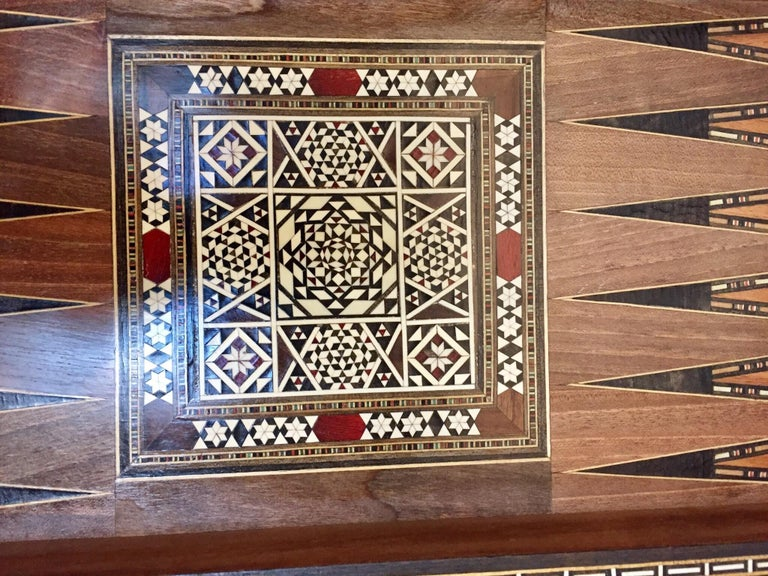 Vintage Large Complete Syrian Inlaid Mosaic Backgammon and Chess Game For Sale 1