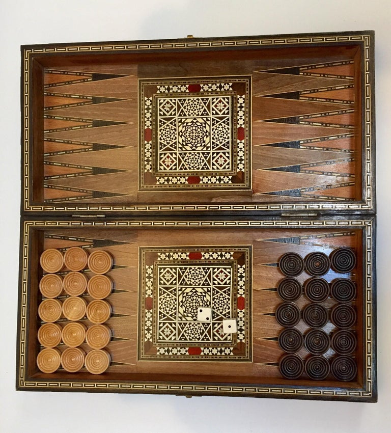 Vintage Large Complete Syrian Inlaid Mosaic Backgammon and Chess Game For Sale 4