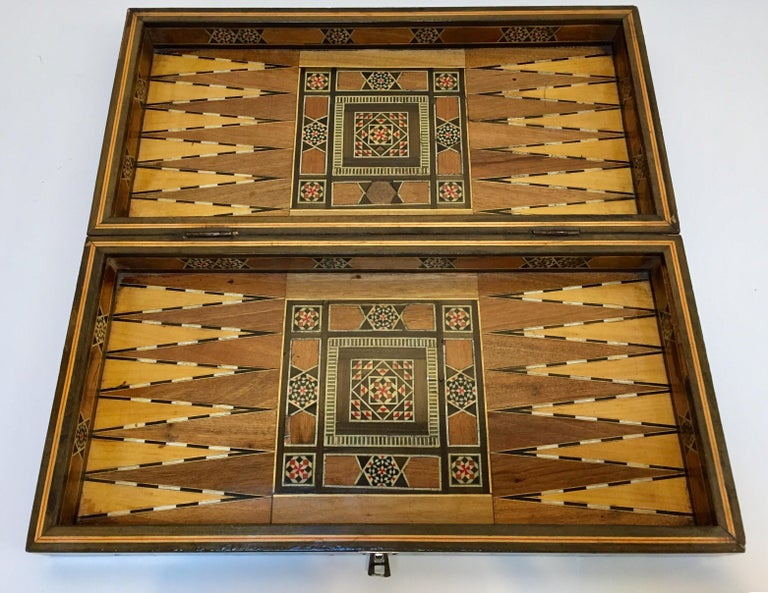 Large Mosaic Syrian Backgammon and Chess Wooden Inlaid Marquetry Box Game For Sale 3