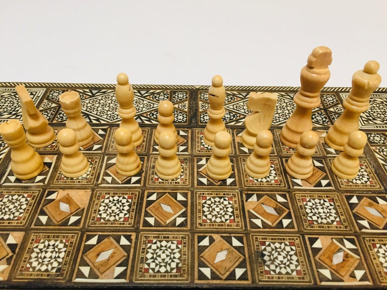 Vintage Large Complete Syrian Inlaid Mosaic Backgammon and Chess Game For Sale 6