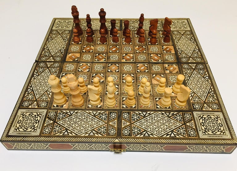 Vintage Large Complete Syrian Inlaid Mosaic Backgammon and Chess Game For Sale 12