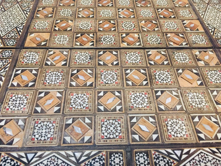 Vintage Large Complete Syrian Inlaid Mosaic Backgammon and Chess Game For Sale 13