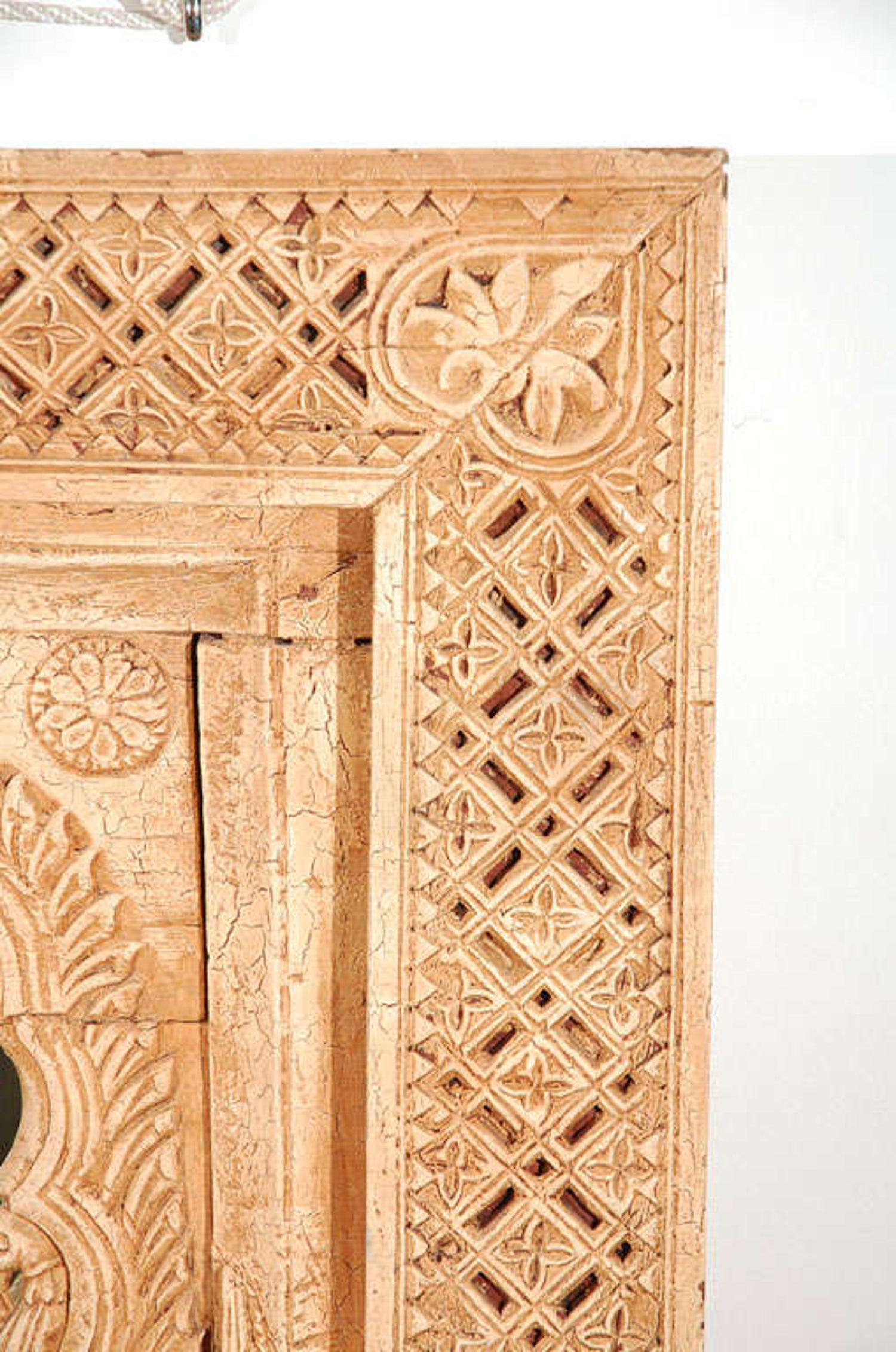 Anglo Indian Hand-Carved Wood Moorish Arched Mirror For Sale at 1stdibs