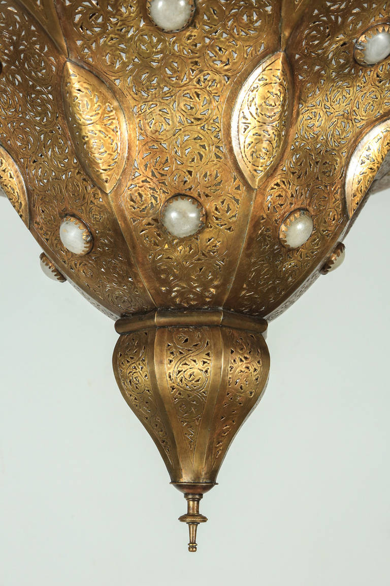 Hand-Carved Moroccan Polished Gold Brass Chandelier in Alberto Pinto Style For Sale
