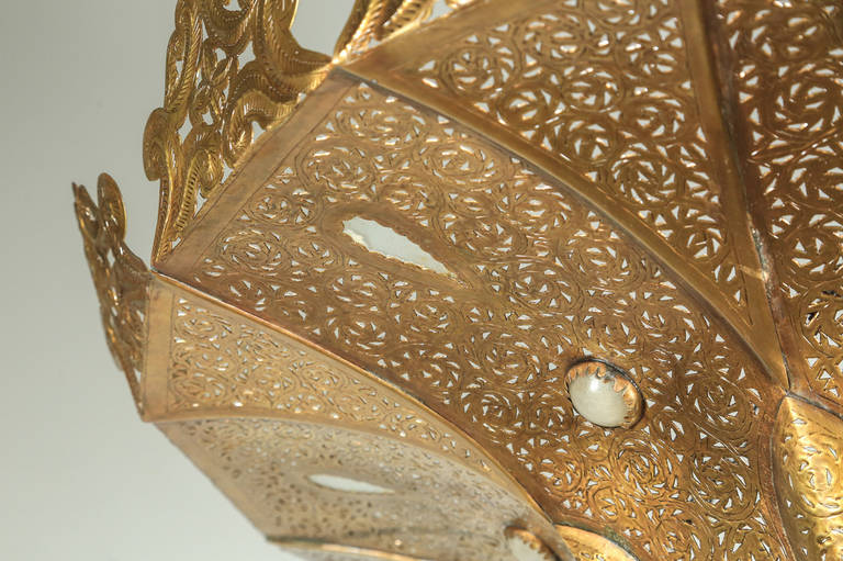 Moroccan Polished Gold Brass Chandelier in Alberto Pinto Style In Excellent Condition For Sale In North Hollywood, CA