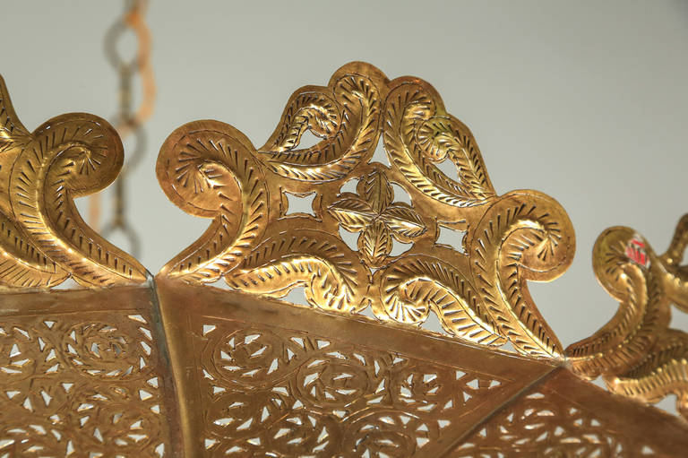 20th Century Moroccan Polished Gold Brass Chandelier in Alberto Pinto Style For Sale
