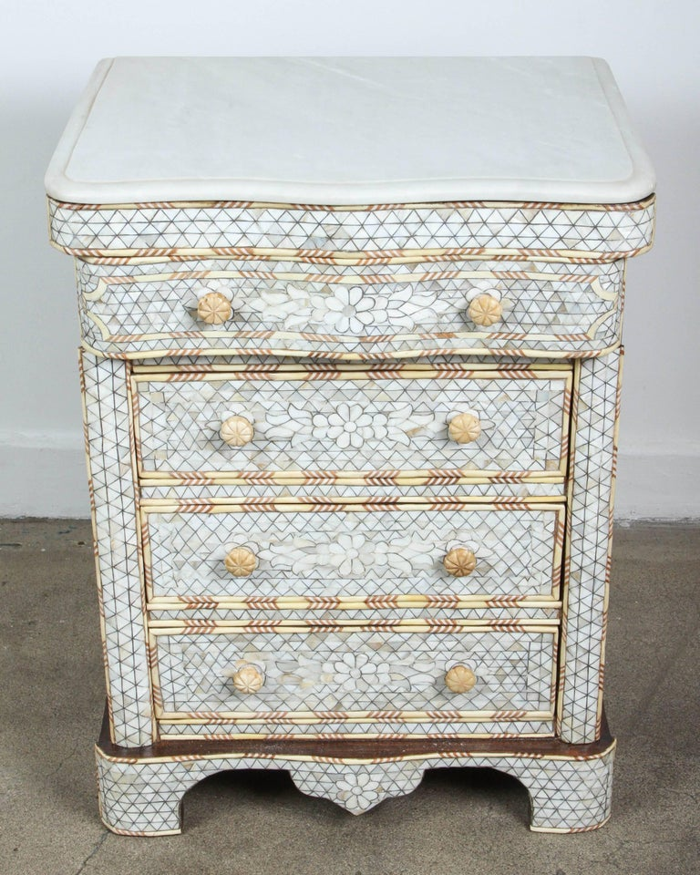 Fabulous Pair Of Middle Eastern Syrian Mother Pearl Inlay Nightstands Handcrafted White
