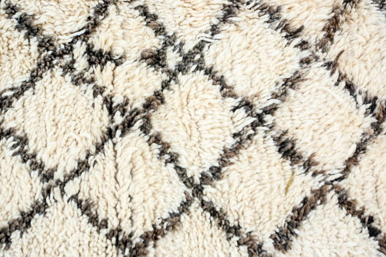 Wool Vintage Midcentury Beni Ouarain Moroccan African Rug For Sale