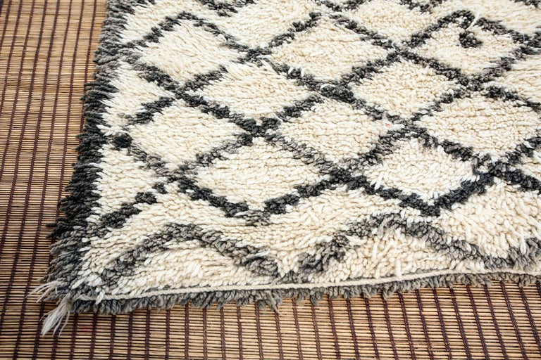 Vintage Midcentury Beni Ouarain Moroccan African Rug For Sale 1