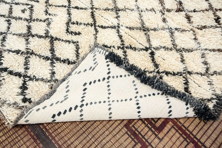 Vintage Midcentury Beni Ouarain Moroccan African Rug For Sale 2