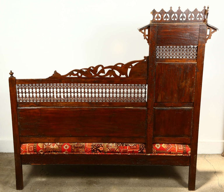 Antique 19th C. Moorish Syrian Settee with Mother-of-Pearl Inlay For Sale 6