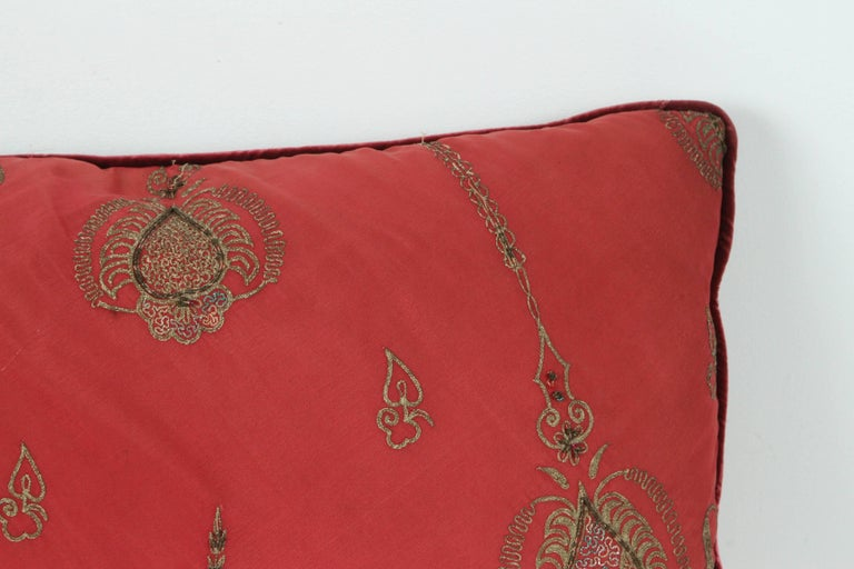 Pair of Antique Turkish Ottoman Silk Pillows with Metallic Threads For Sale 1