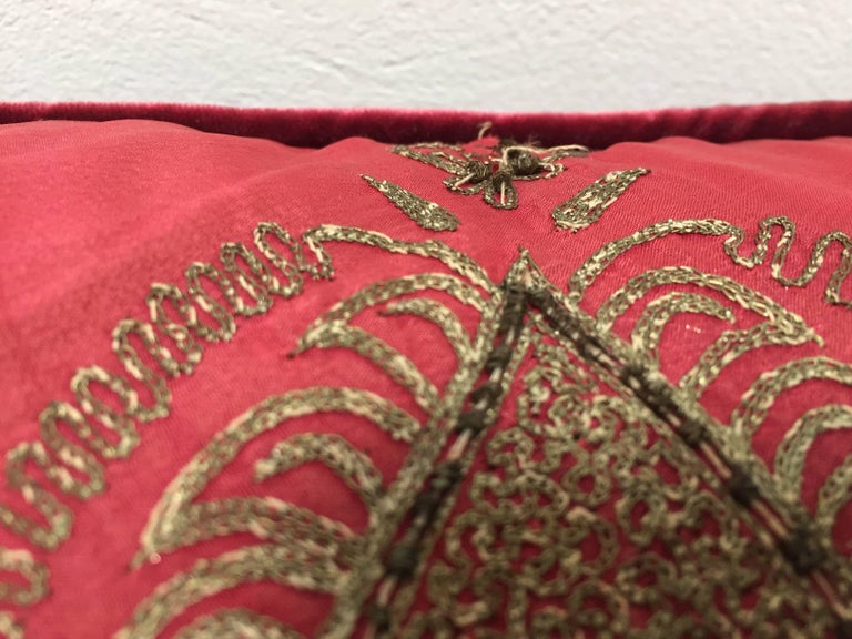 Pair of Antique Turkish Ottoman Silk Pillows with Metallic Threads For Sale 3