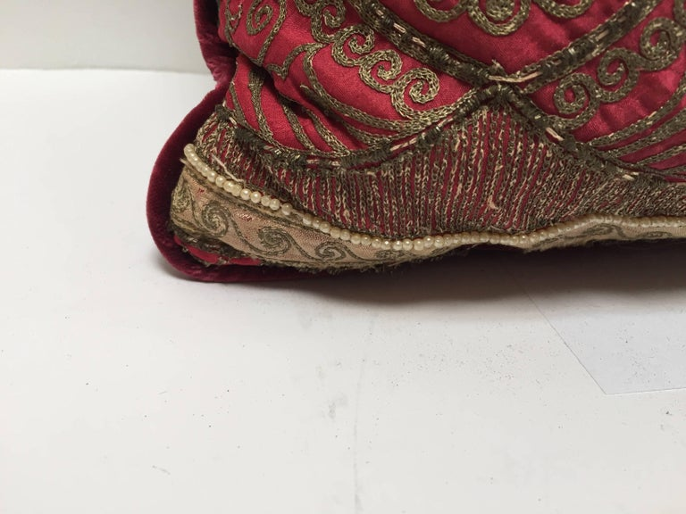Pair of Antique Turkish Ottoman Silk Pillows with Metallic Threads For Sale 5