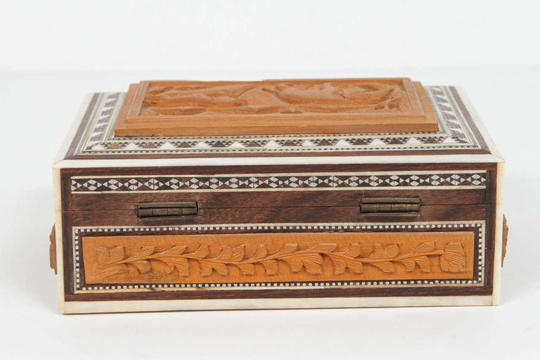 Hand-Carved Anglo-Indian Vizagapatam Jewelry Inlaid Sadeli Box For Sale