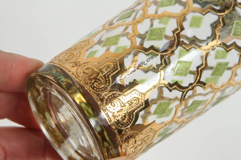 Vintage Set of Eight Culver Highball Glasses with 22-Karat Gold Valencia Design In Good Condition For Sale In Los Angeles, CA