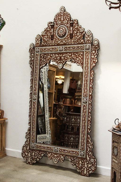 Palatial Oversized Syrian Mother of Pearl Inlaid Mirror For Sale 3