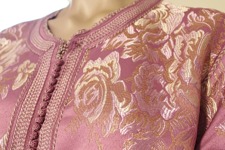 Hand-Crafted Moroccan Purple Brocade Caftan Gown Maxi Dress Kaftan Size M For Sale