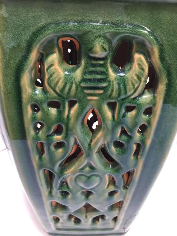 Hand-Crafted Green Chinese Ceramic Garden Stool For Sale