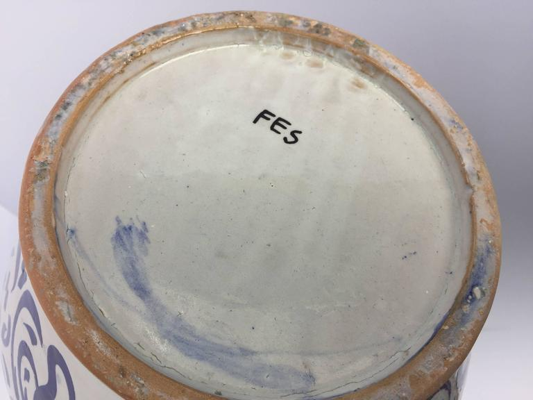 Large Moroccan Ceramic Vase from Fez with Blue Calligraphy Writing For Sale 3