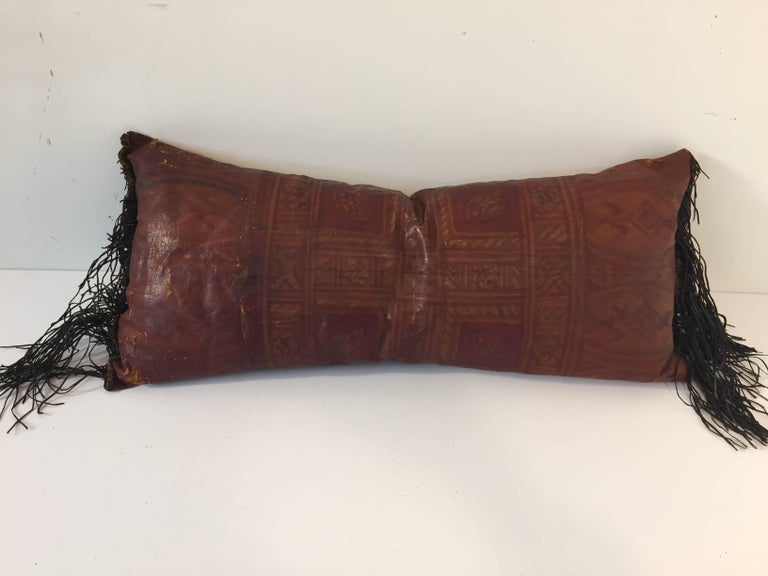 African Tuareg Leather Pillow with Fringes In Good Condition For Sale In North Hollywood, CA