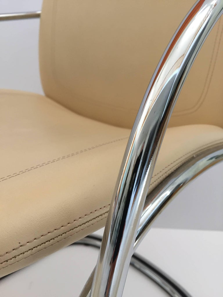 Modern Italian Chrome and Leather Chairs, by Gastone Rinaldi for RIMA, circa 1970s For Sale