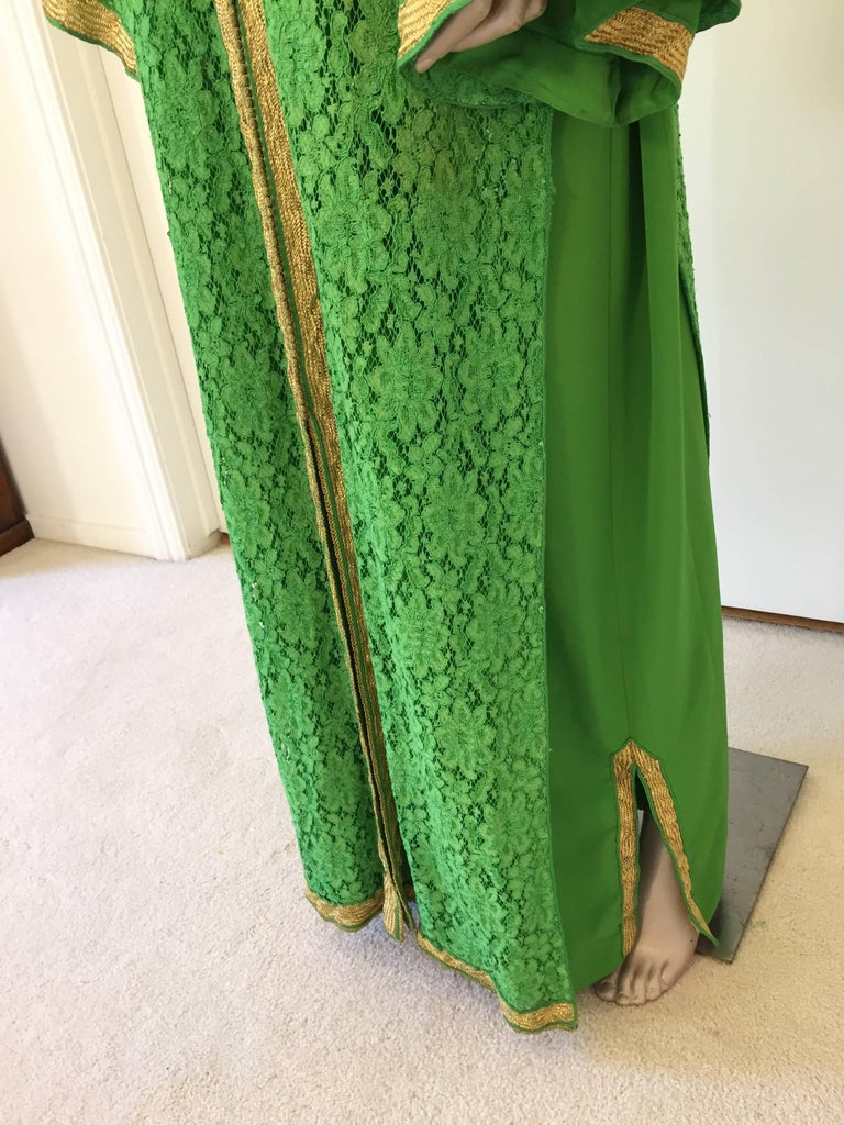 Moroccan Emerald Green Lace and Gold Trim Caftan Set 4