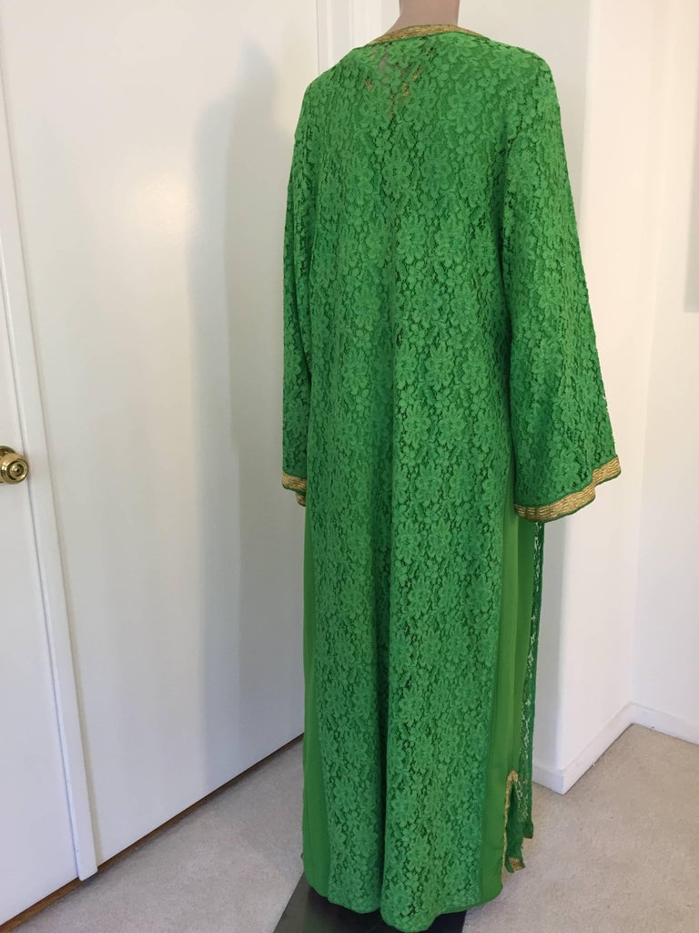 Moroccan Emerald Green Lace and Gold Trim Caftan Set 5