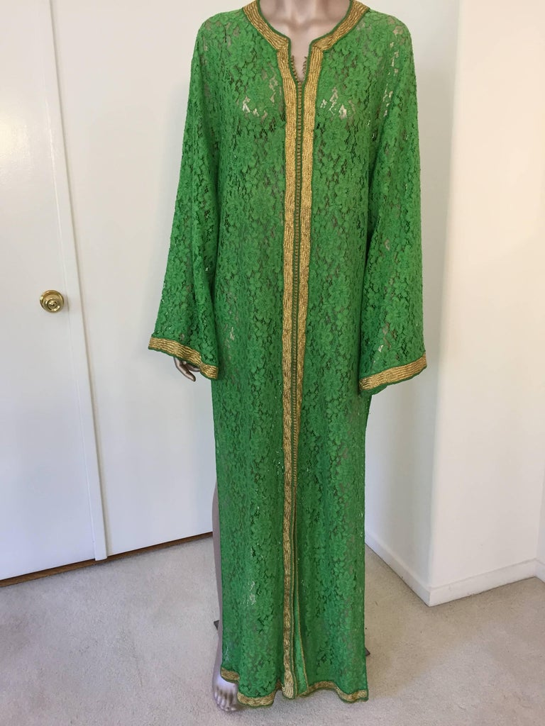 Moroccan Emerald Green Lace and Gold Trim Caftan Set 7