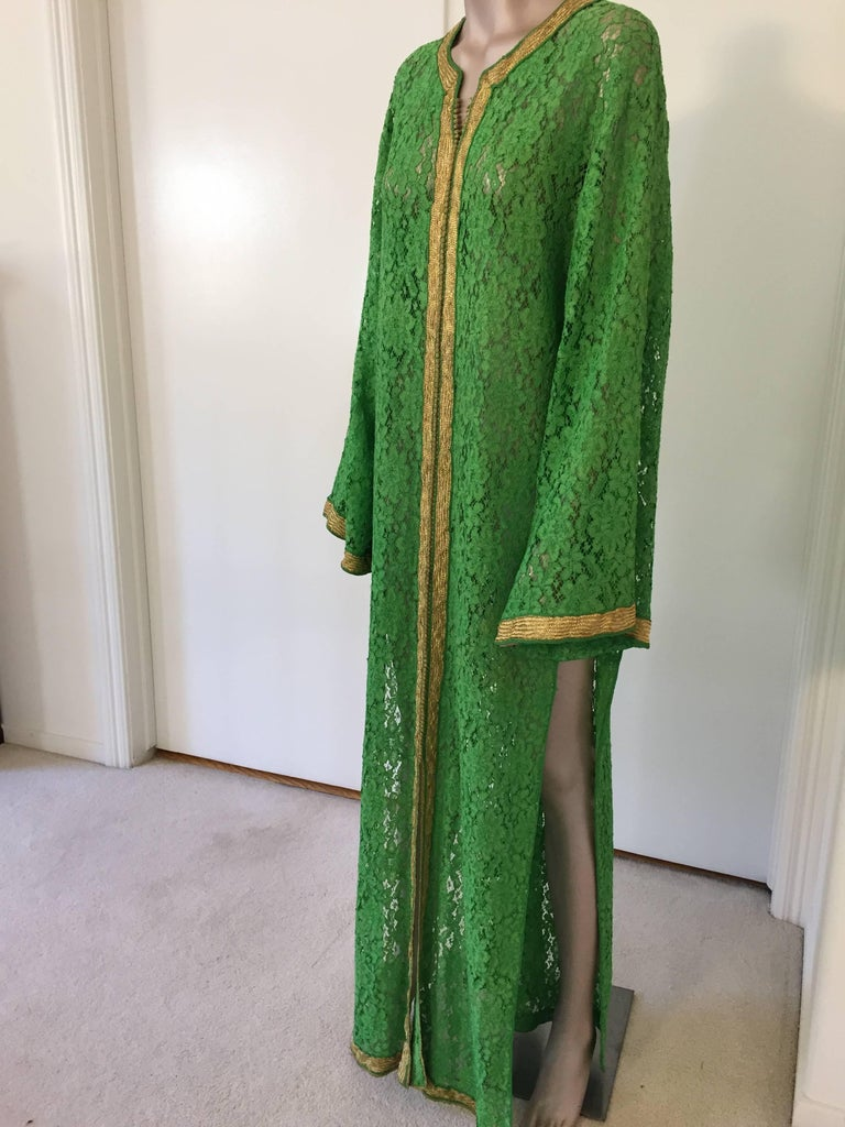 Moroccan Emerald Green Lace and Gold Trim Caftan Set 8