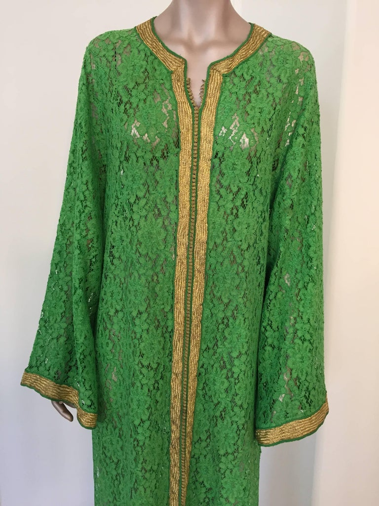 Moroccan Emerald Green Lace and Gold Trim Caftan Set 10