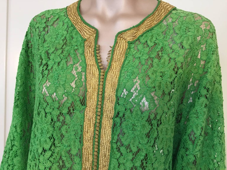 Moroccan Emerald Green Lace and Gold Trim Caftan Set 9
