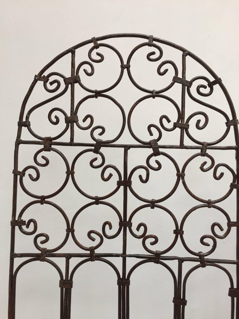 Hand-Forged Iron Three Panels Folding Moorish Screen For Sale 1