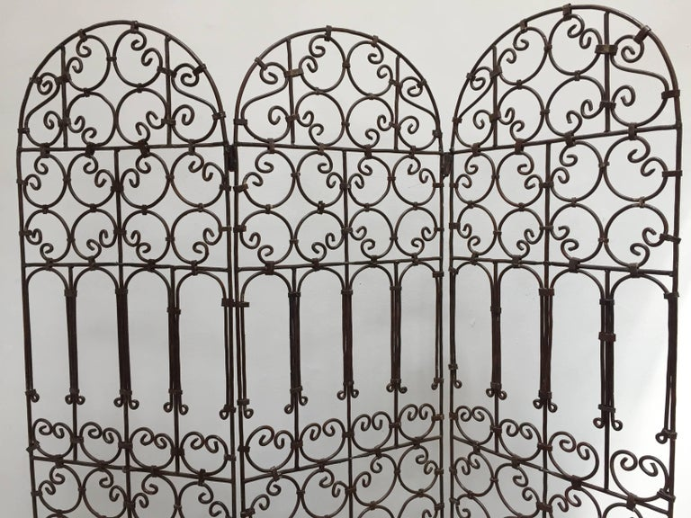 Moroccan Hand-Forged Iron Three Panels Folding Moorish Screen For Sale