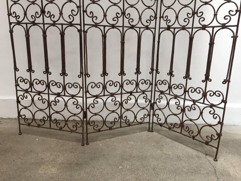 Hand-Crafted Hand-Forged Iron Three Panels Folding Moorish Screen For Sale