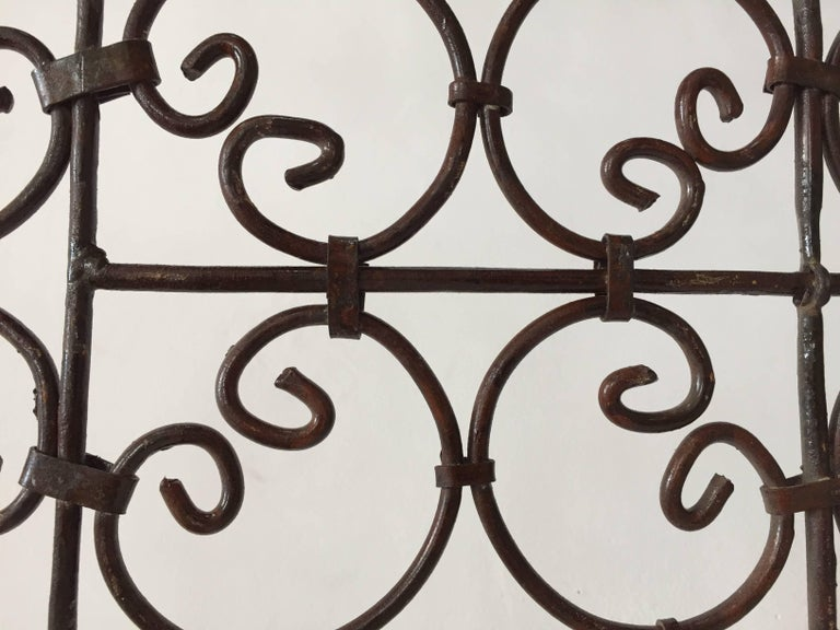 Hand-Forged Iron Three Panels Folding Moorish Screen For Sale 2