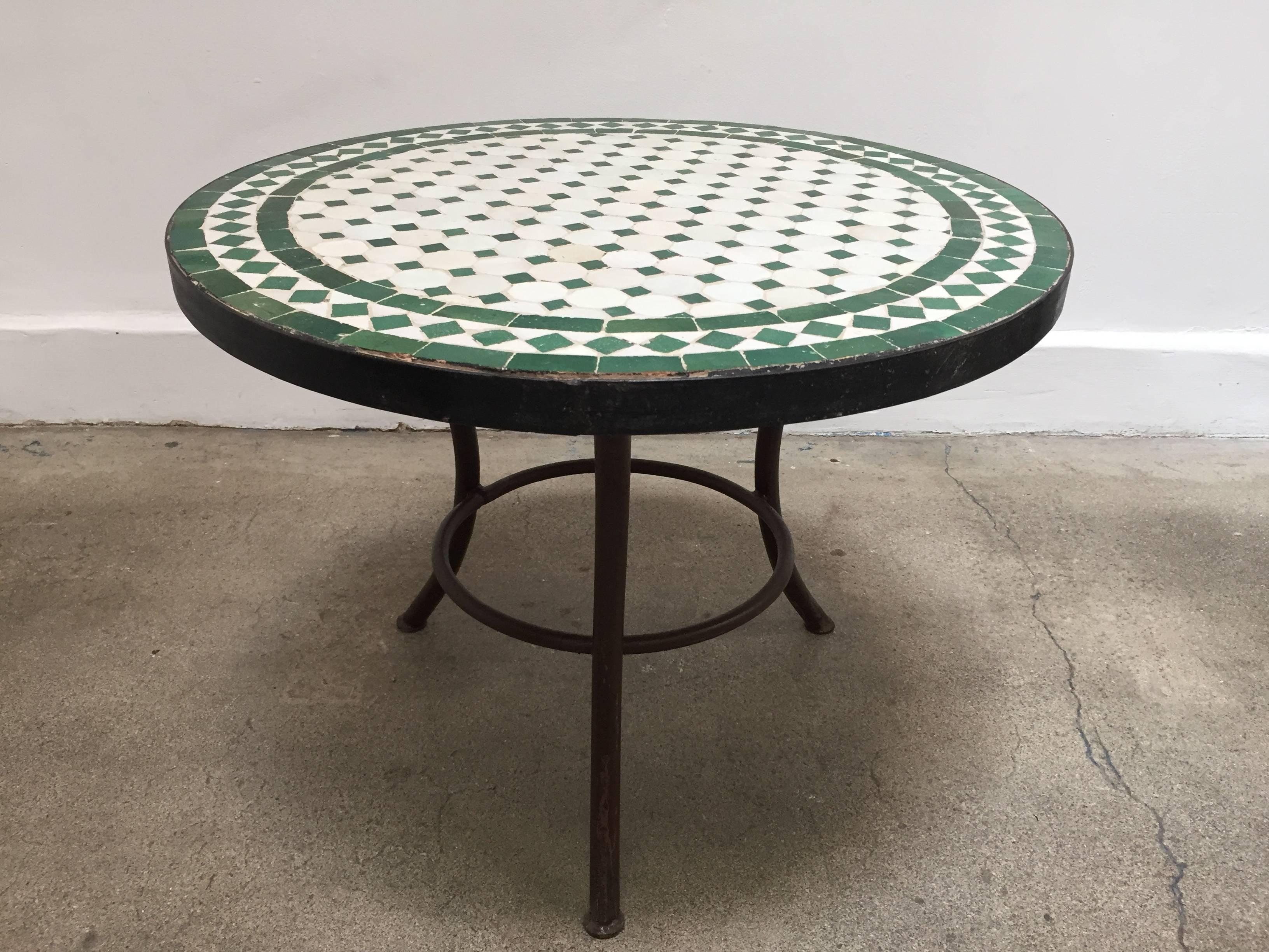 Moroccan Mosaic Tile Outdoor Side Table On Low Iron Base Green And White 2