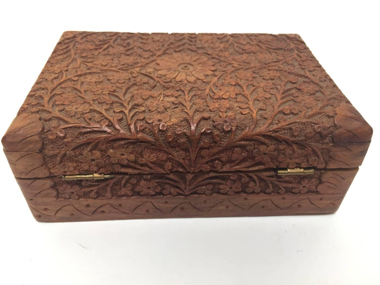 Sandalwood Anglo Raj Hand-Carved Decorative Jewelry Box For Sale