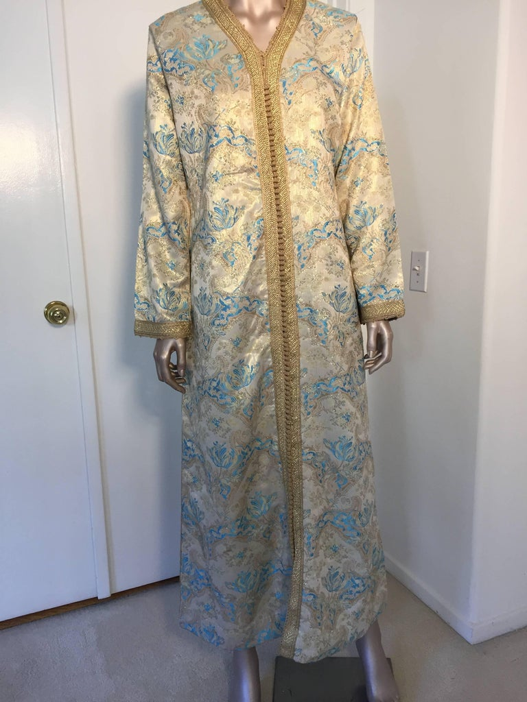 Moroccan Caftan, Turquoise and Gold Brocade Kaftan Size Medium For Sale 3