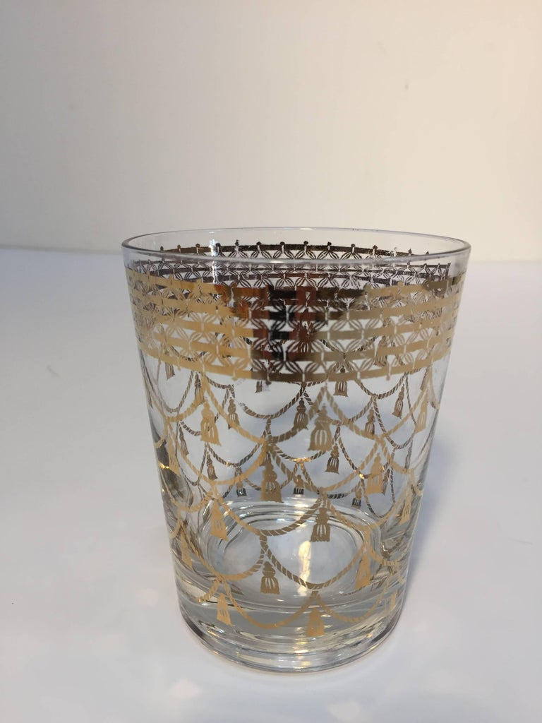 Vintage Culver Cocktail Set of Barware Glasses and Cocktail Shaker 22 Karat Gold In Good Condition For Sale In Los Angeles, CA