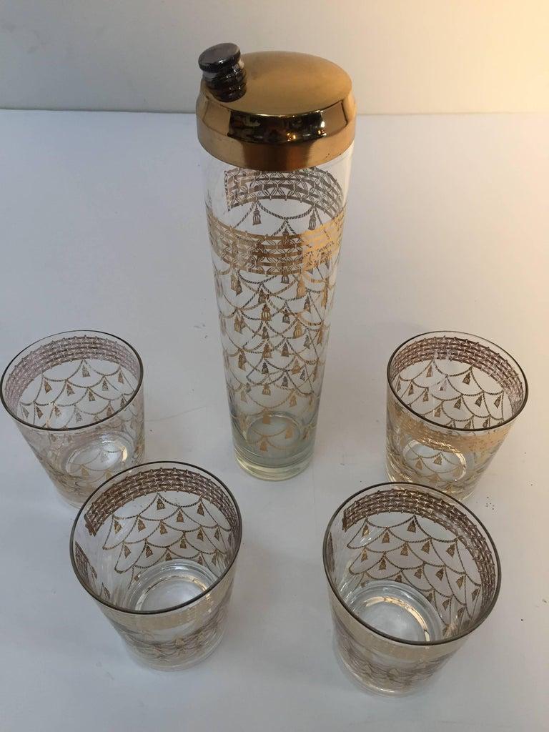 American Vintage Culver Cocktail Set of Barware Glasses and Cocktail Shaker 22 Karat Gold For Sale