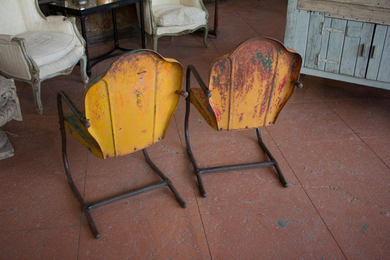 Pair of American Midcentury Iconic Metal Porch Chairs For Sale 5