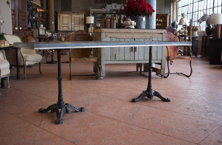 Vintage French Metal Garden Table In Good Condition For Sale In Calgary, Alberta
