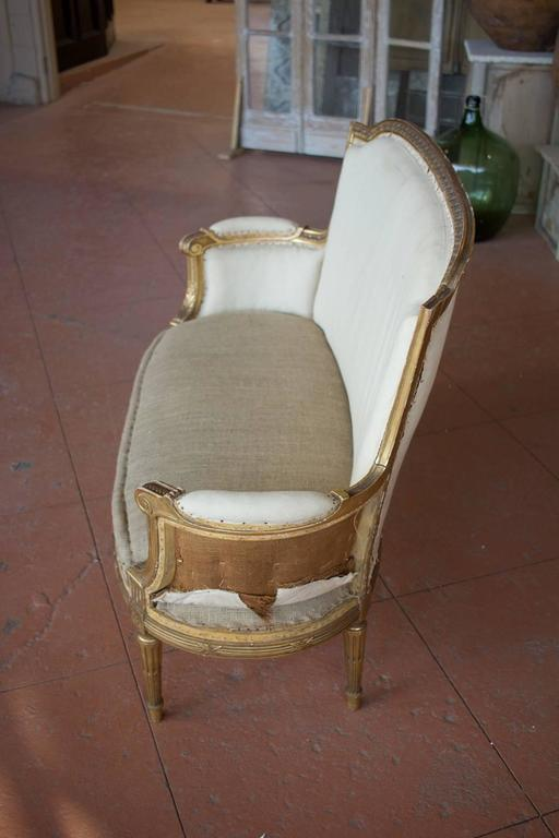 Petite French Bergère Settee For Sale 3