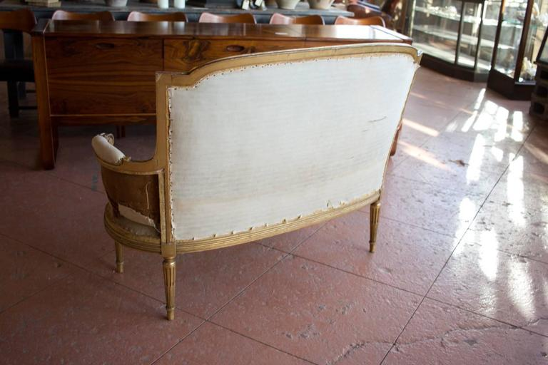 Petite French Bergère Settee For Sale 4