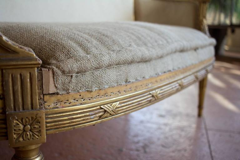 Petite French Bergère Settee For Sale 1