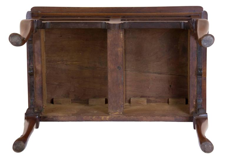 Queen Anne Lowboy/ Dressing Table, Delaware River Valley, PA Or NJ, Circa  1750