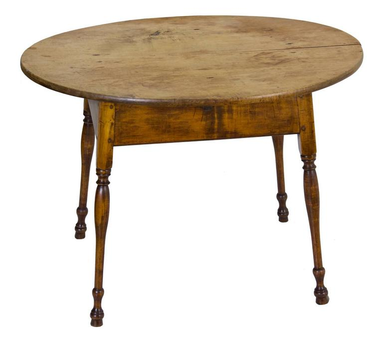 Queen Anne Large Figured Maple Oval Top Tavern Table, Probably CT, Splayed  Legs,